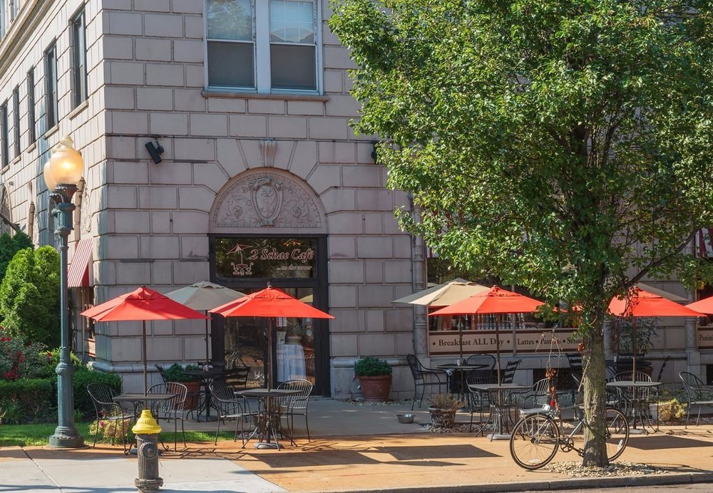 On-Site Restaurant & Cafe