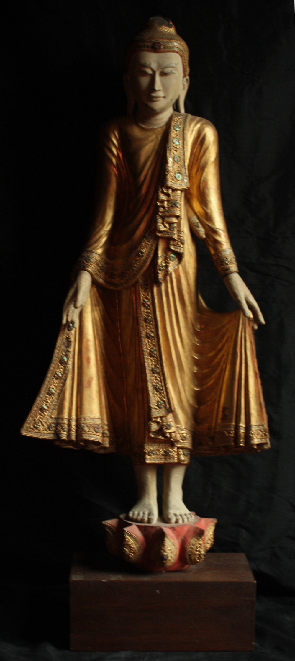 2512/5  Burmese Standing Buddha