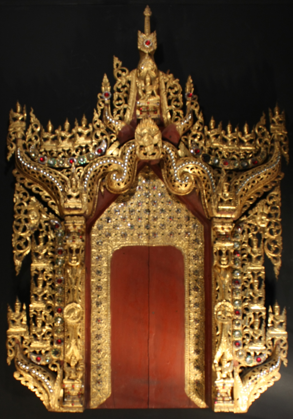 2540/3  Burmese Architectural Surround