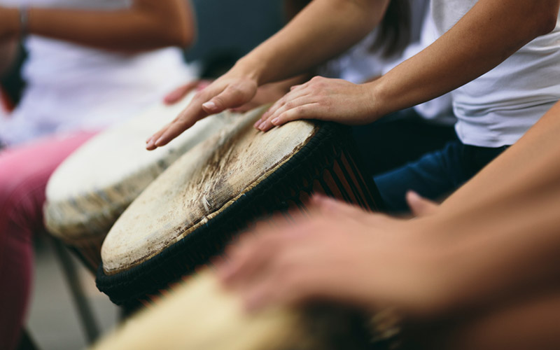 Drumming-circle-for-workplaces.jpg