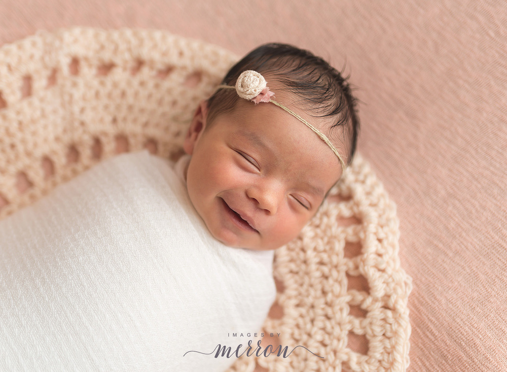 Ankeny Iowa Photographer | Newborn Photography in Iowa | Des Moines Iowa Newborn Photos | Images by Merron