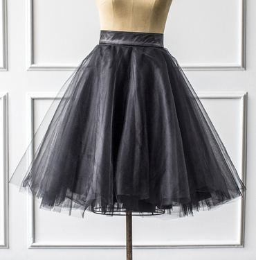 Full Bell Midi Tutu in Black