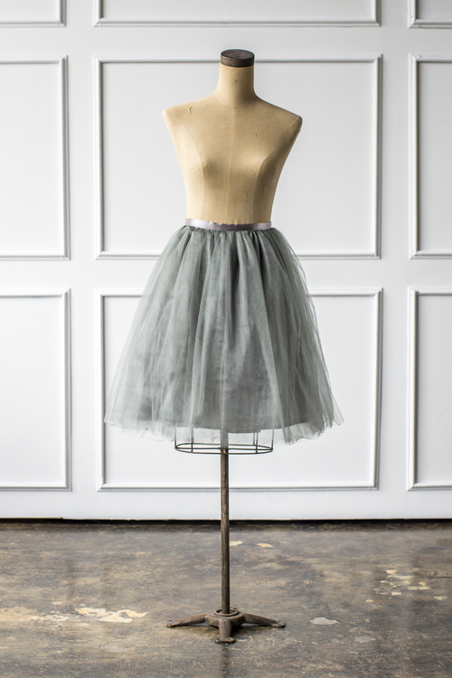 Signature Tulle in Silver