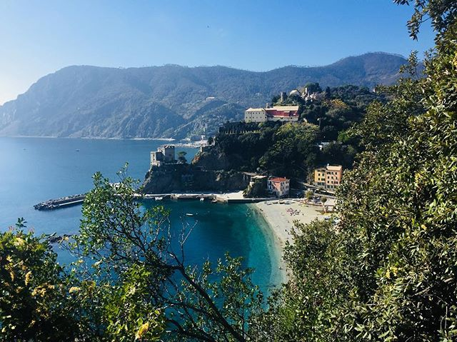 I respectfully disagree with Rick Steves... the hike from Vernazza to Monterosso takes longer than 1.5 hrs. Allow more time to stop and grab some Fresh squeezed orange juice from the old man halfway through the hike, dodge the European tourists with their infamous hiking poles, take a selfie and drop your phone...all while doing the aforementioned in a sporty dress.  #travel #italy #ciaobella