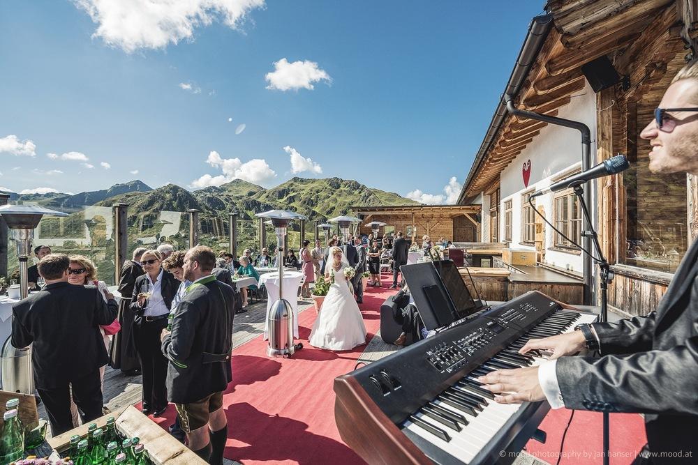 2015.08.22_wedding.004.jpg