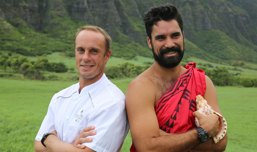 (L to R) SEARCH Hawaii's Chef Mike Lofaro and Kainoa Horcajo lead us on a search to fish, hunt, forage and gather ingredients all over the Hawaiian islands for their dinner based on the Hawaiian Moon Calendar.