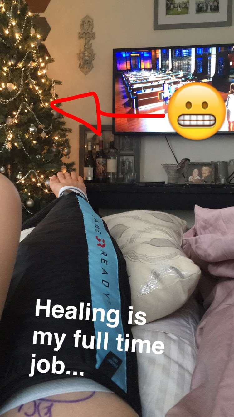"""HAPPILY """"CHILLING"""" WITH MY ICE BRACE"""