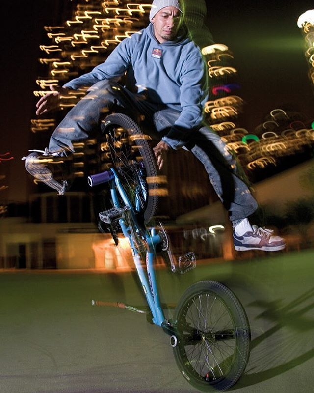 #tb 2005 in downtown Los Angeles . The most stylish trick I've invented. #bmx #flatland #thistricksavemylife 📸 @marklosey