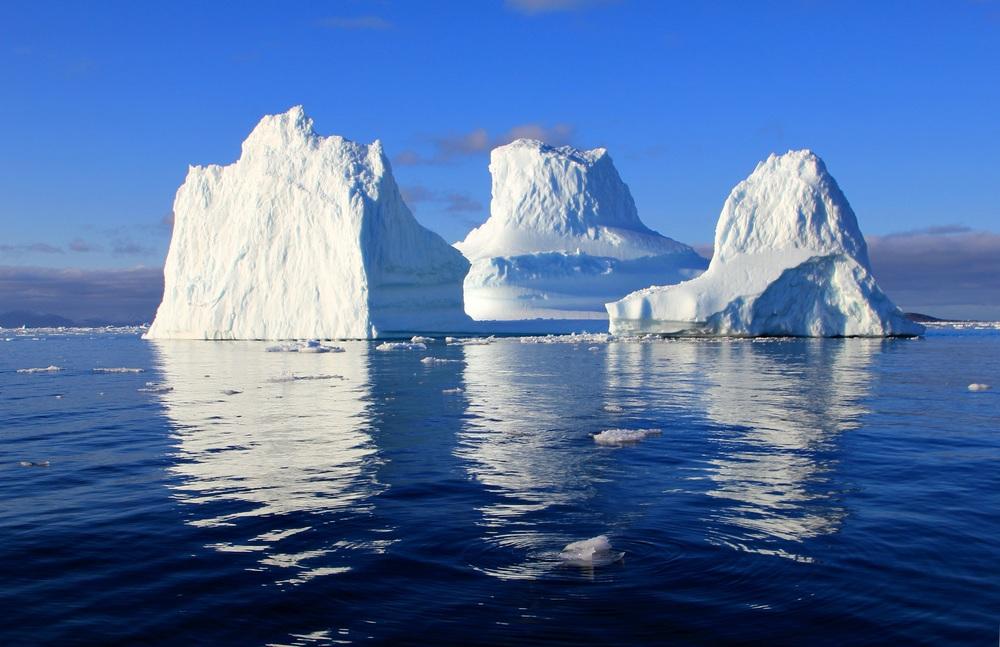 iceberg-471549.jpg