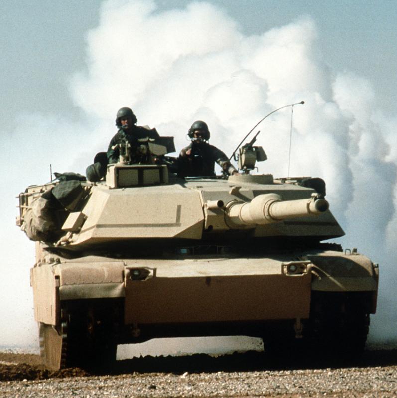 Tank_in_Desert_Storm (1).jpg