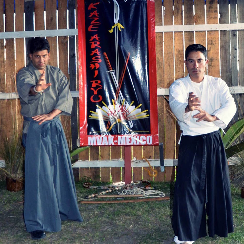 Lunia Sensei (left) and Hernandez Sensei (right) at the inauguration of the Mexico dojo.