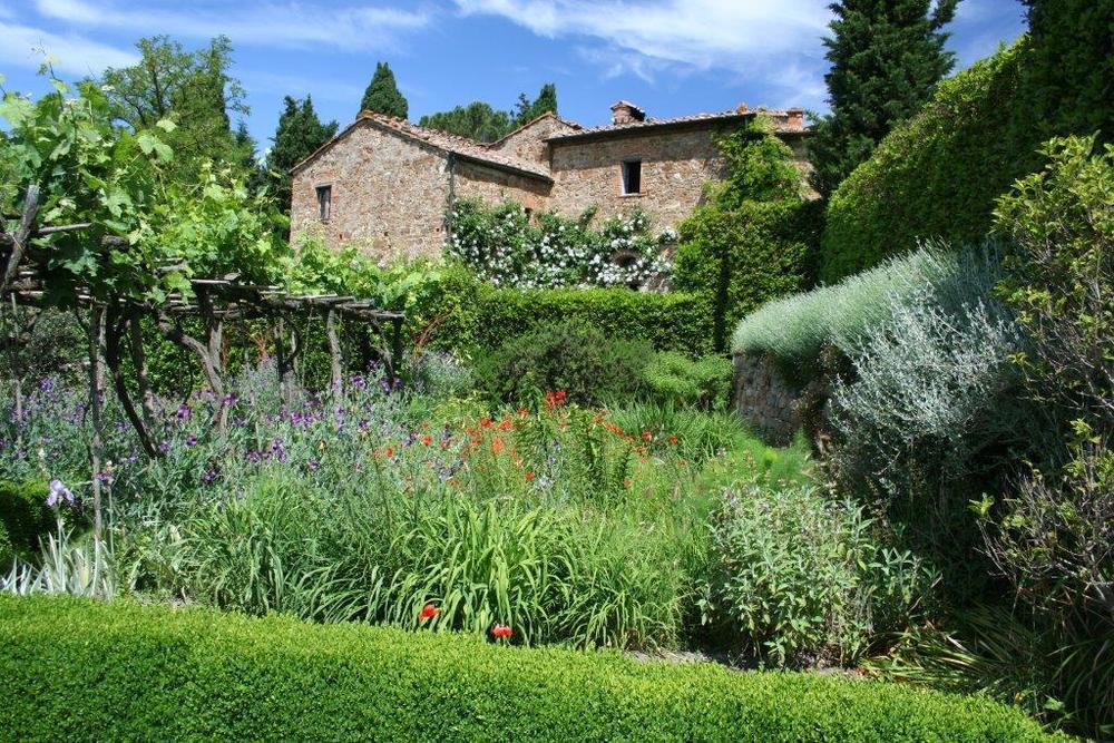 Venzano with gardens - Heslop.jpg