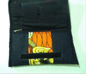 Mazuri Designs wallet.png