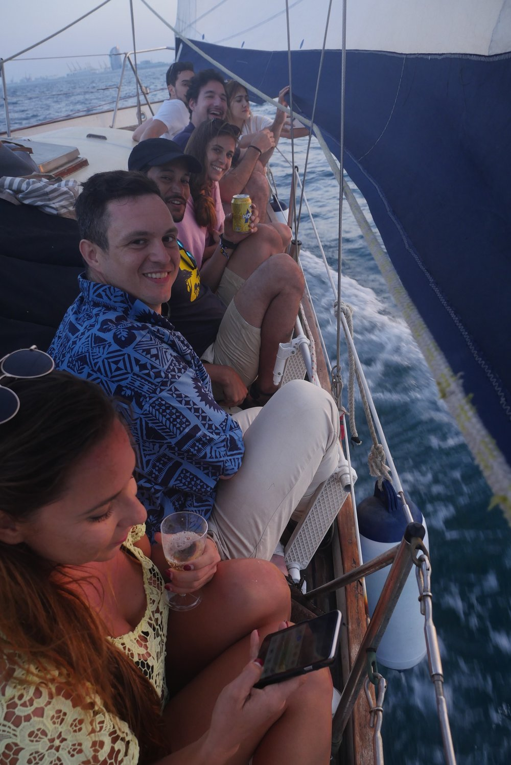 happy sailing trips barcelona.jpg