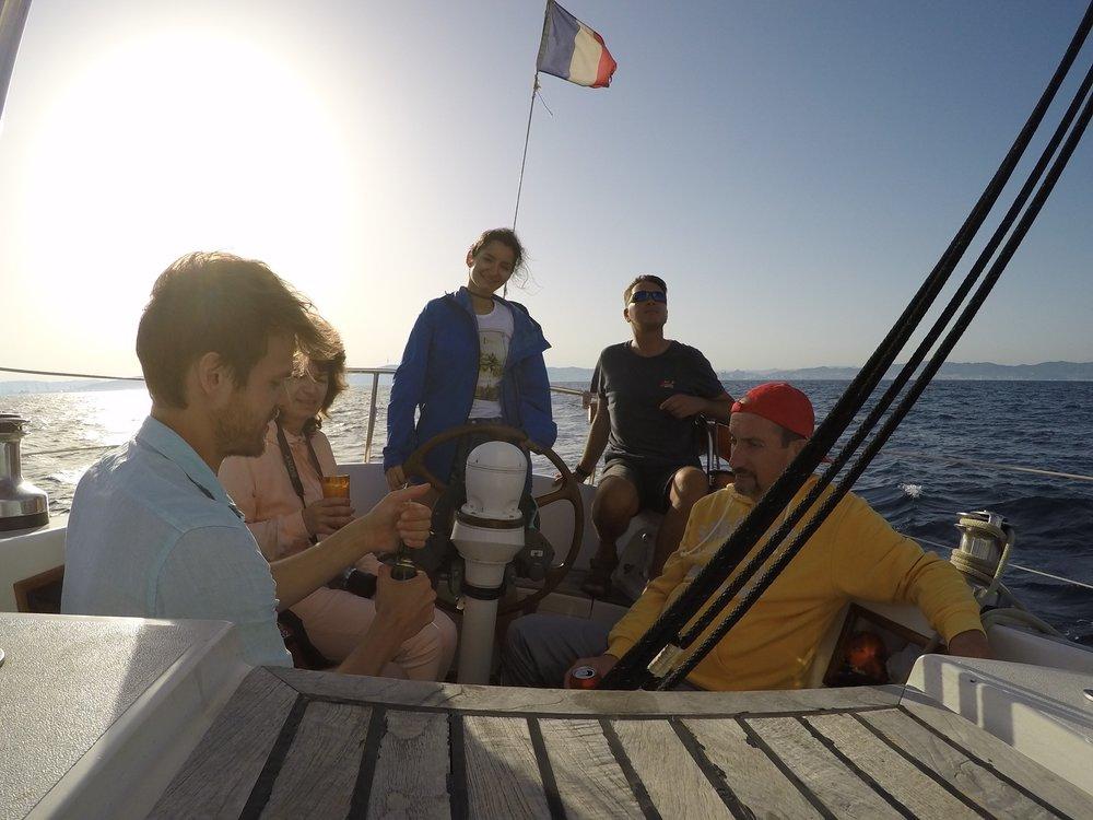 sailing trips barcelona.jpg