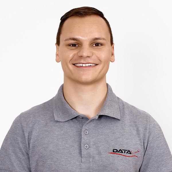 Simon Singhammer DATA-line