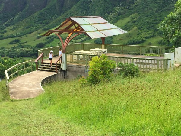 Jurassic World, Gyrosphere Loading Area From Film Mountains In The Background