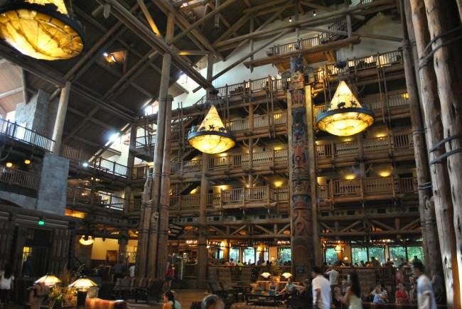 Where To Stay In Orlando Florida Villa Accommodation Or Disney Hotel Wilderness Lodge