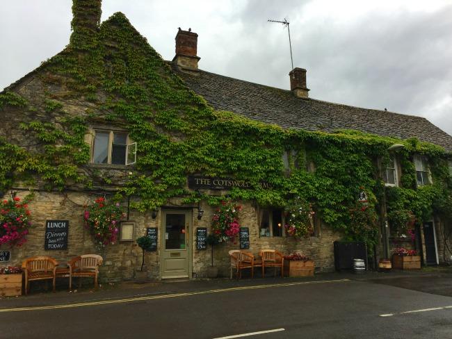 Burford Cotswolds Village England Oxfordshire Pub