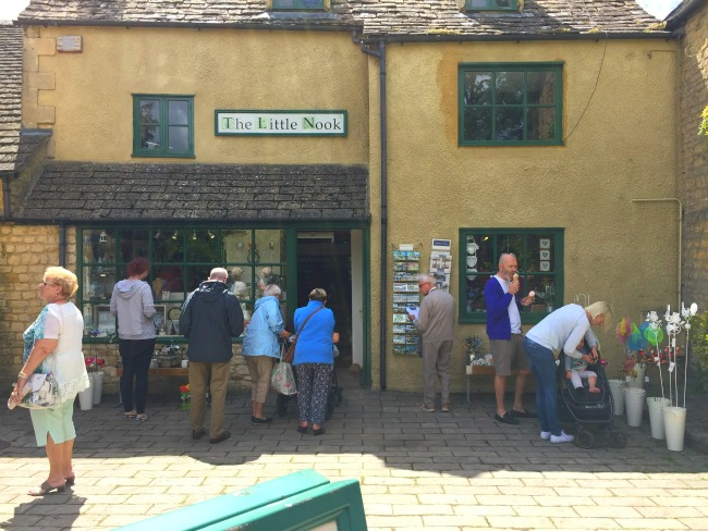 Little Nook Shop Bourton On The Water Cotswolds English Village Weekend Away
