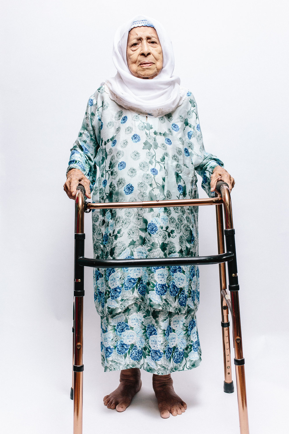 zainal-zainal-studio-centenarians-care-duke-nus-singapore-photographer-02.jpg
