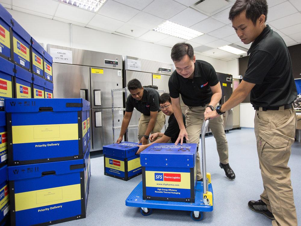 singapore-photographer-zainal-zainal-studio-mci-sme-towkay-23.jpg