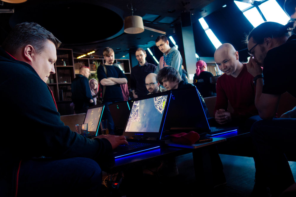 Attendees absorbed in a session of LaserGrid. Photo by Casimir Kuusela.