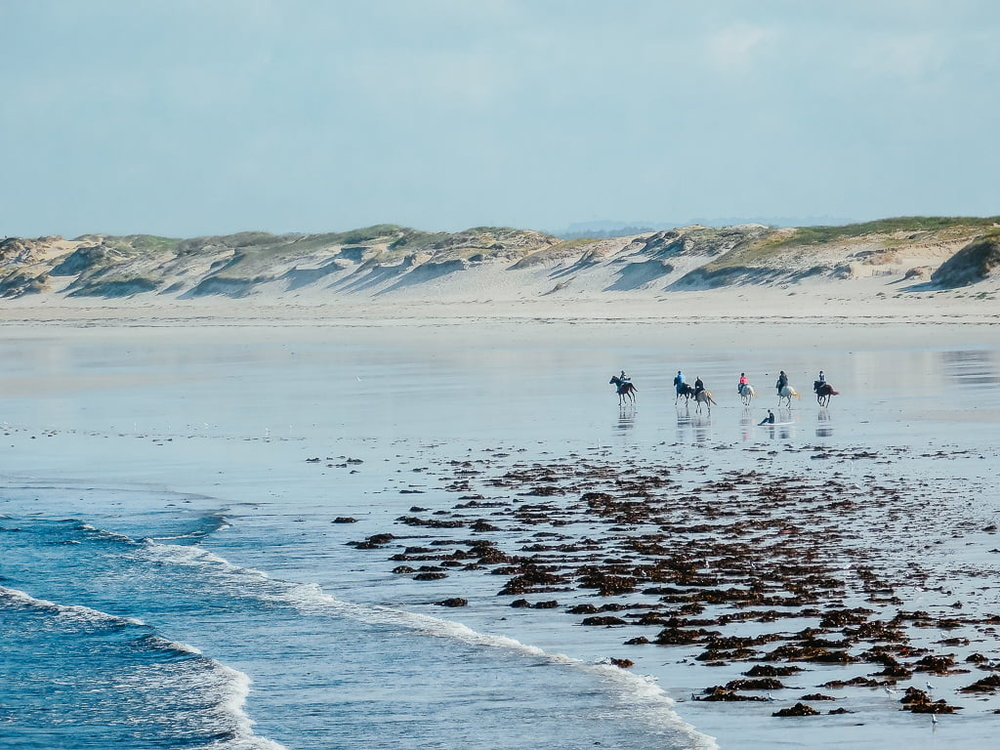View of La Torche, surf spot for beginners in Brittany, France