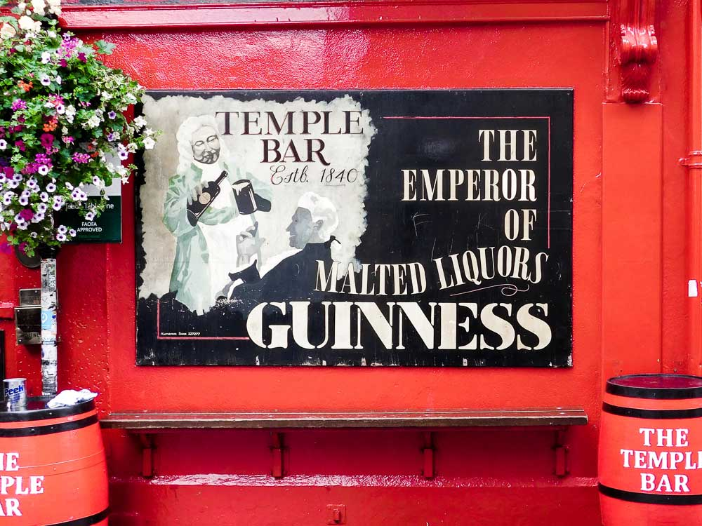 Walk Through Temple Bar for Your Self-Guided Walking of Dublin, Ireland
