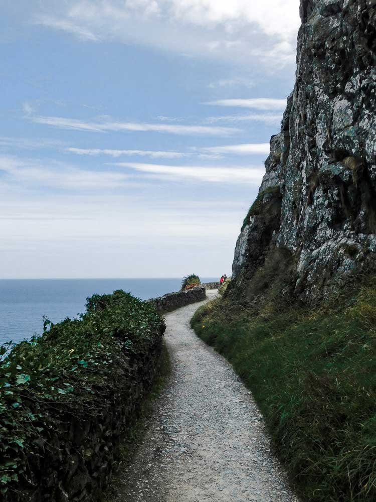 Cliff walk from Bray to Greystones, two beautiful places to visit around Dublin, Ireland
