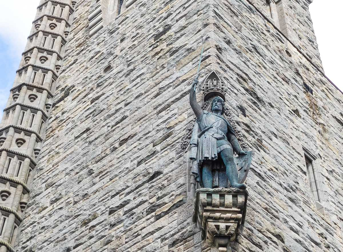 beyond braveheart uncovering the real battle of stirling bridge