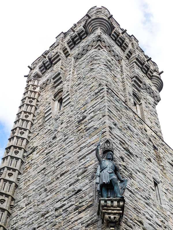 Visit the National Wallace Monument dedicated to William Wallace, mastermind of the Scots victory at the Battle of Stirling Bridge.
