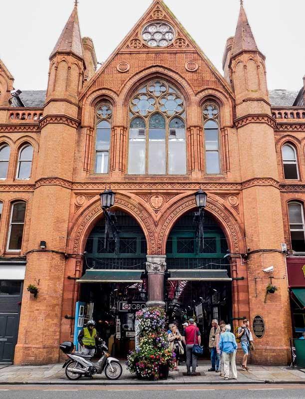 Pass Through George Street's Arcade in Dublin During Your Walking Tour