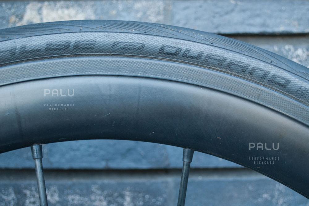 Palu-Pb002-Dedacciai-Carbon-Fibre-3k-Italian-Hand-Made-In-Italy-Custom-Hand-Tailored-Frame-Shimano-Ultegra-Di2-Groupset-Equinox-Wheelset-Carbon-Fibre-Rims-Spokes-Fizik-Arione-Braided-Saddle-London-black-12.jpg