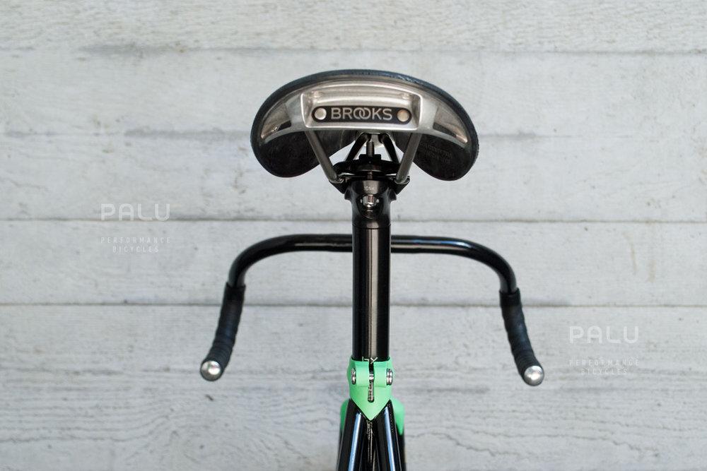 Palu-Track-Trāc-Bike-Pista-Columbus-Max-Steel-Miche-Black-Green-London-Vintage-Bikeporn-Brooks-England-Italian-Handmade-Frameset-Ferruccio-Taverna-Vetta-Telai-Da-Competizione-04.jpg