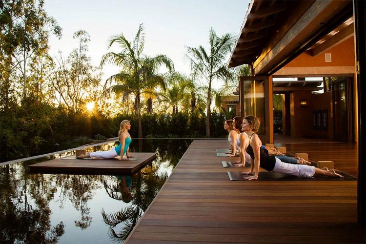 Wellness retreat Thailand Bali
