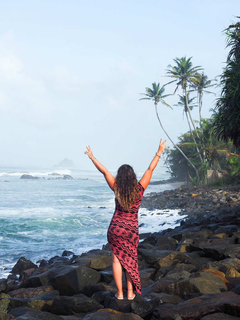 active holiday in Sri Lanka with new horizon escapes and zanna van dijk