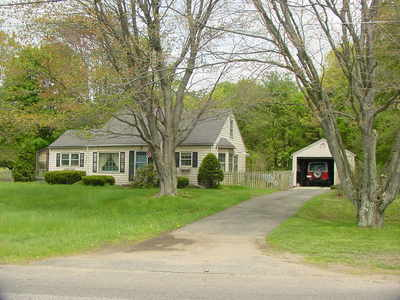 43 pease rd, east longmeadow.jpg
