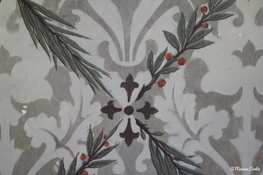 Pormenor do papel de parede no Palácio da Quinta da Regaleira / Palácio do Monteiro dos Milhões - Sintra
