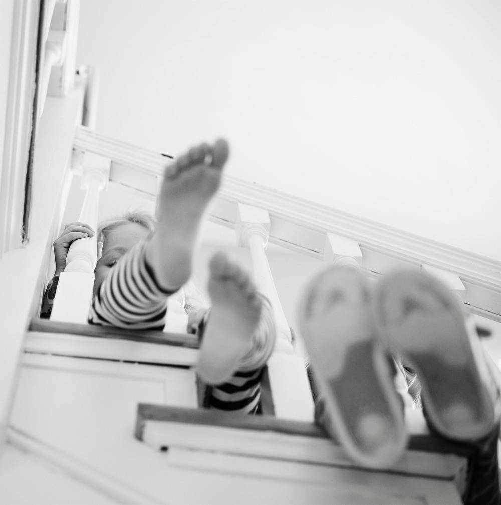 stairsfeettatumaddy1_bw.jpg