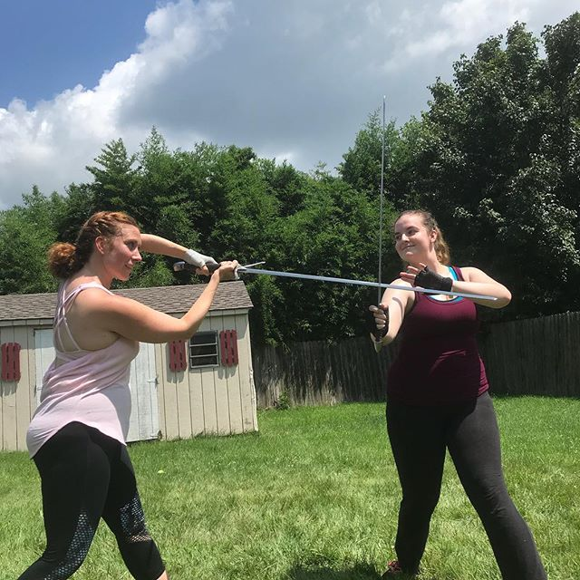 Hal and Hotspur's fight brought to you by the Ladys Percy and Mortimer. #fightchoreography #henryivpart1 @melliemcginley @mybonnykait