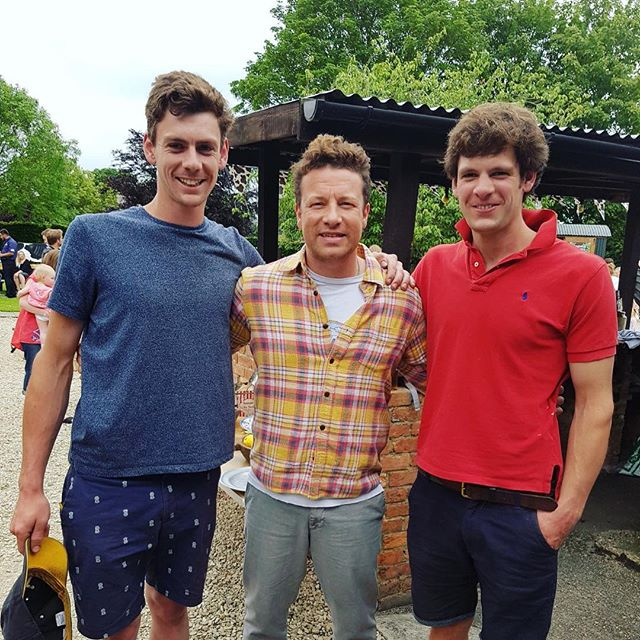 Watch us tonight at 8pm @channel4 with @jamieoliver & @jimmysfarm - We are super excited to announce this big news! The two kings in food are finally giving British Rose Veal the accreditation it deserves. Not only to promote us, but other hard working farmers around the country.  #roseveal #veal #freerange #jamieandjimmysfridaynightfeast #harrystreetmeats #channel4 #catchup #all4 #farming