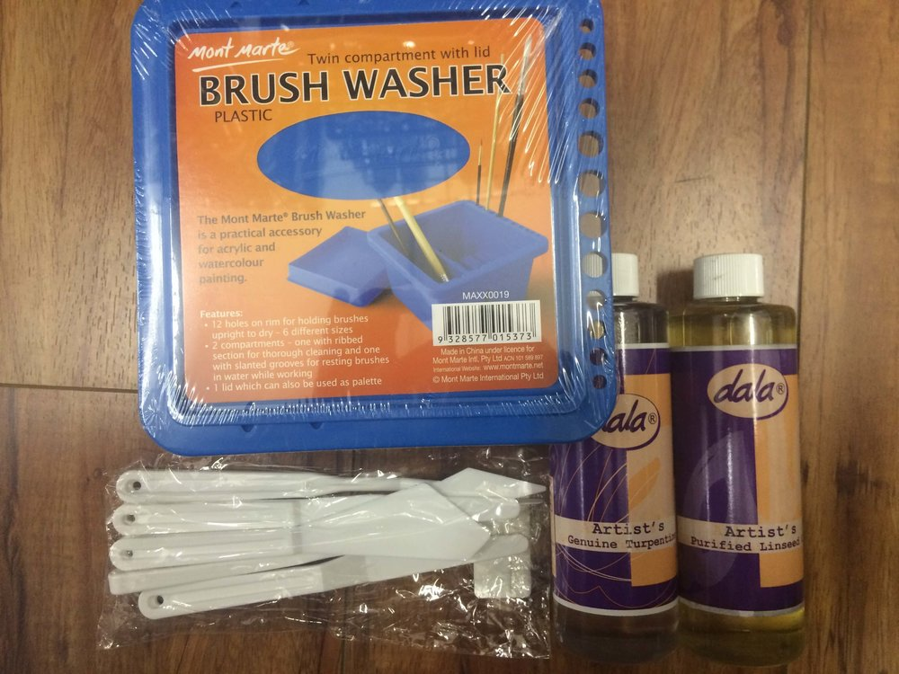 A very useful Brush Washer, Artist's Genuine Turpentine and Artist's Purified Linseed Oil. I also included some plastic palette knives - perfect for beginners. Once you've found one that you really like - you can go out and buy the real thing.