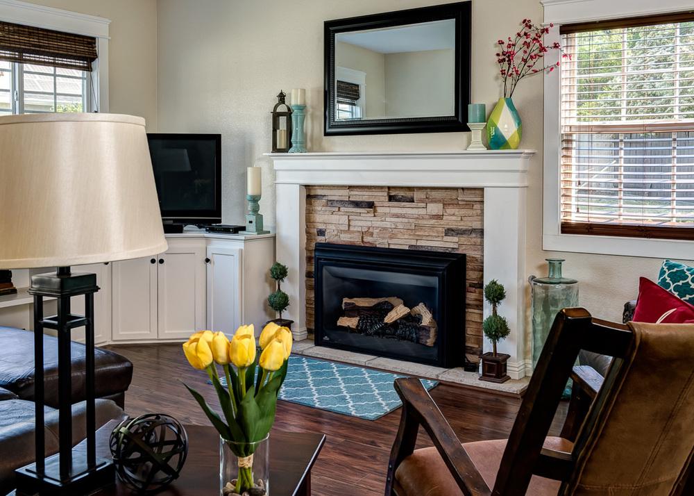 Stoney Point Living Room (1 of 1).jpg