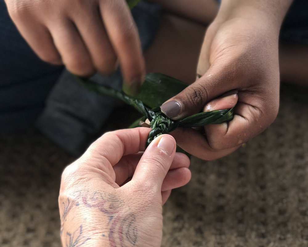 Making Hilo-style Lei Laʻi for my dad.
