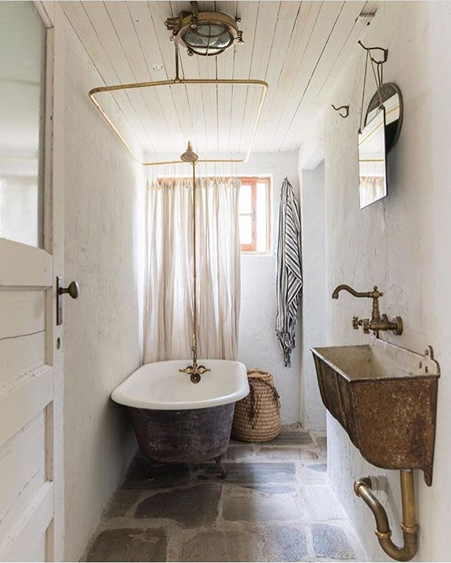 The walls, the floor, the bath👌 by @leannefordinteriors