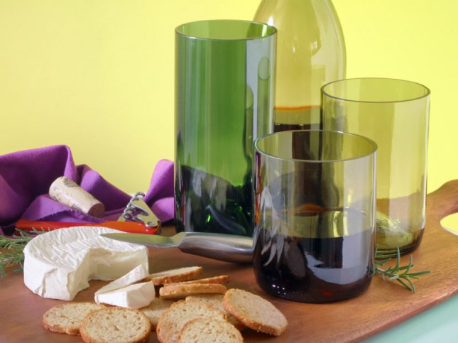 WINE BOTTLE TUMBLERS