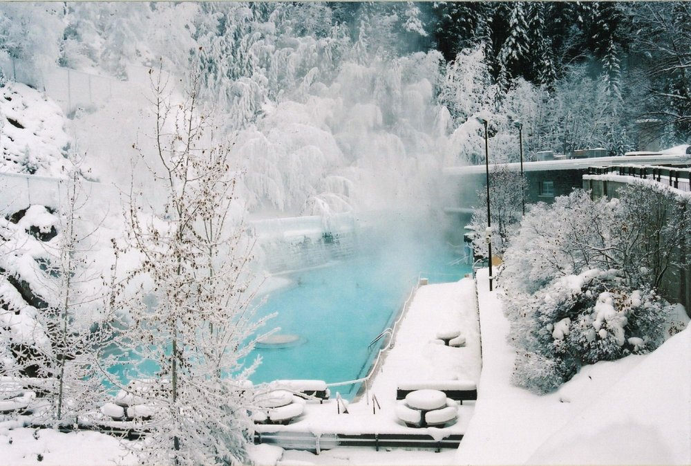 radium-hot-springs.jpg