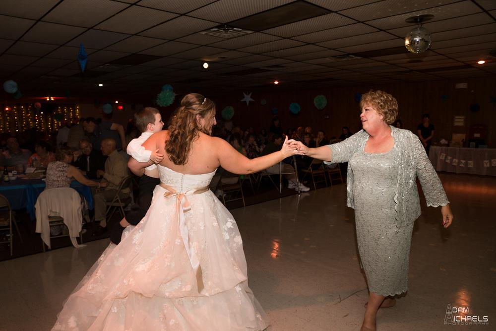 Pittsburgh Incline Wedding-78.jpg
