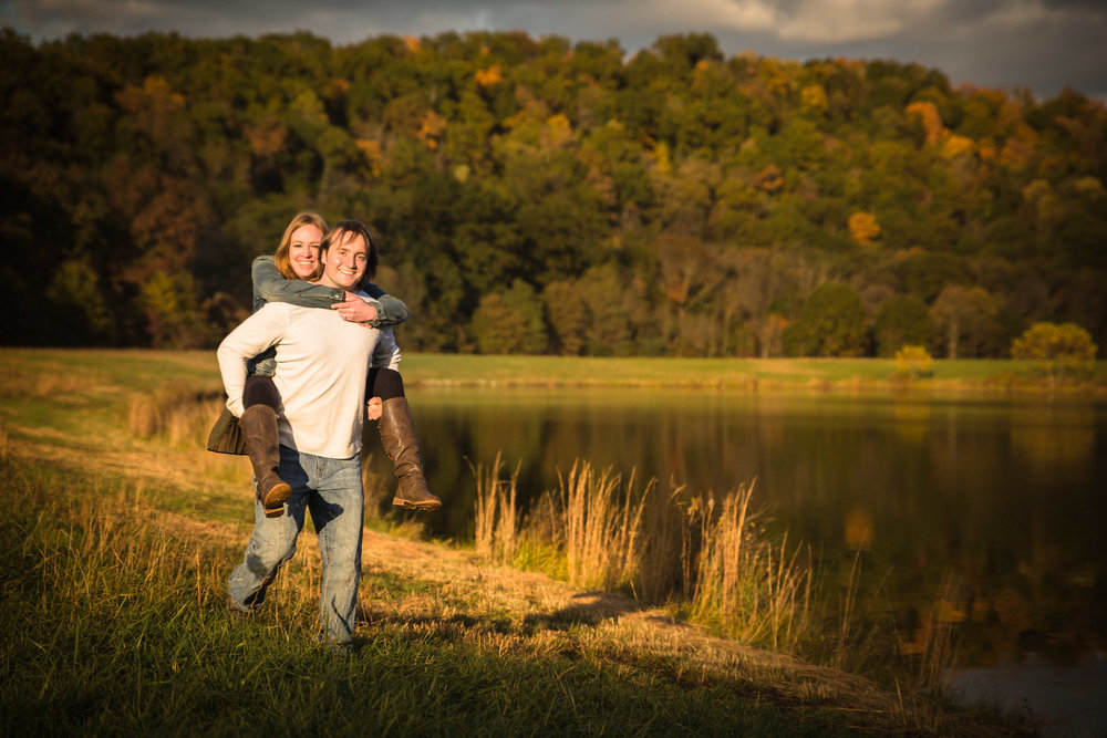 Pittsburgh Outdoor Engagement Pictures-15.jpg